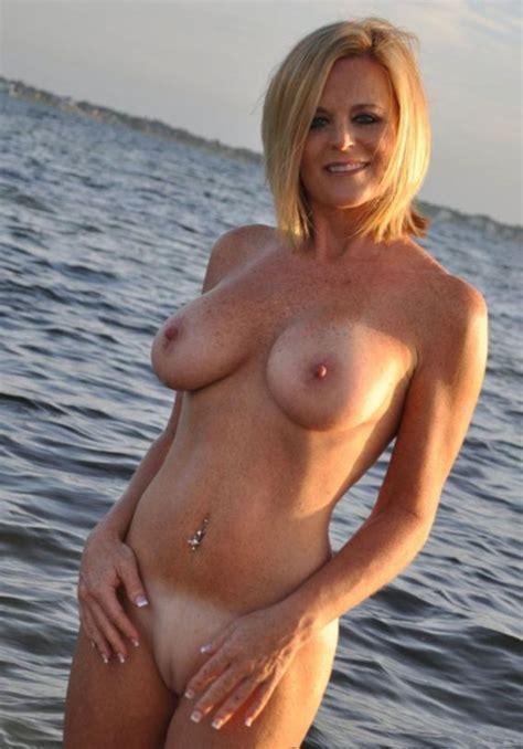 Milf pics beautiful Stunning Naked